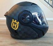 H helmet1.jpg